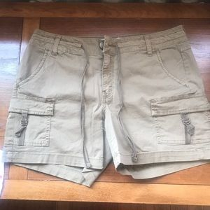 SONOMA-Khaki shorts in great condition.